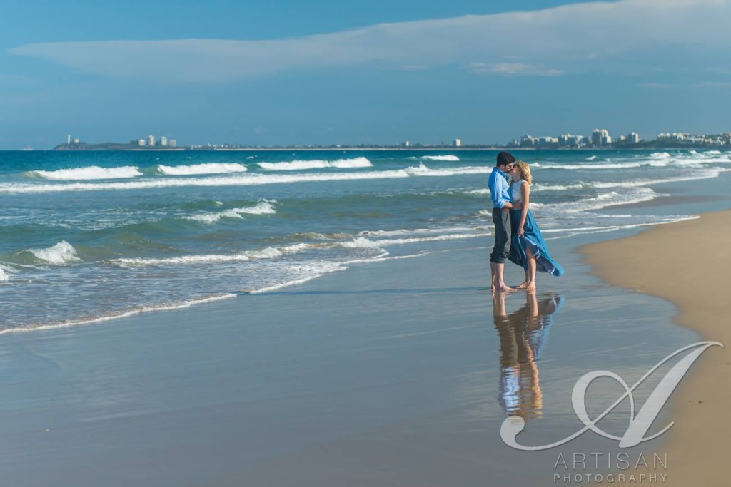 Gorgeous elopement at Twin Waters Beach